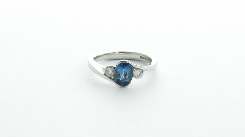 18ct white gold tanzanite and diamond ring-Carats Jewellers