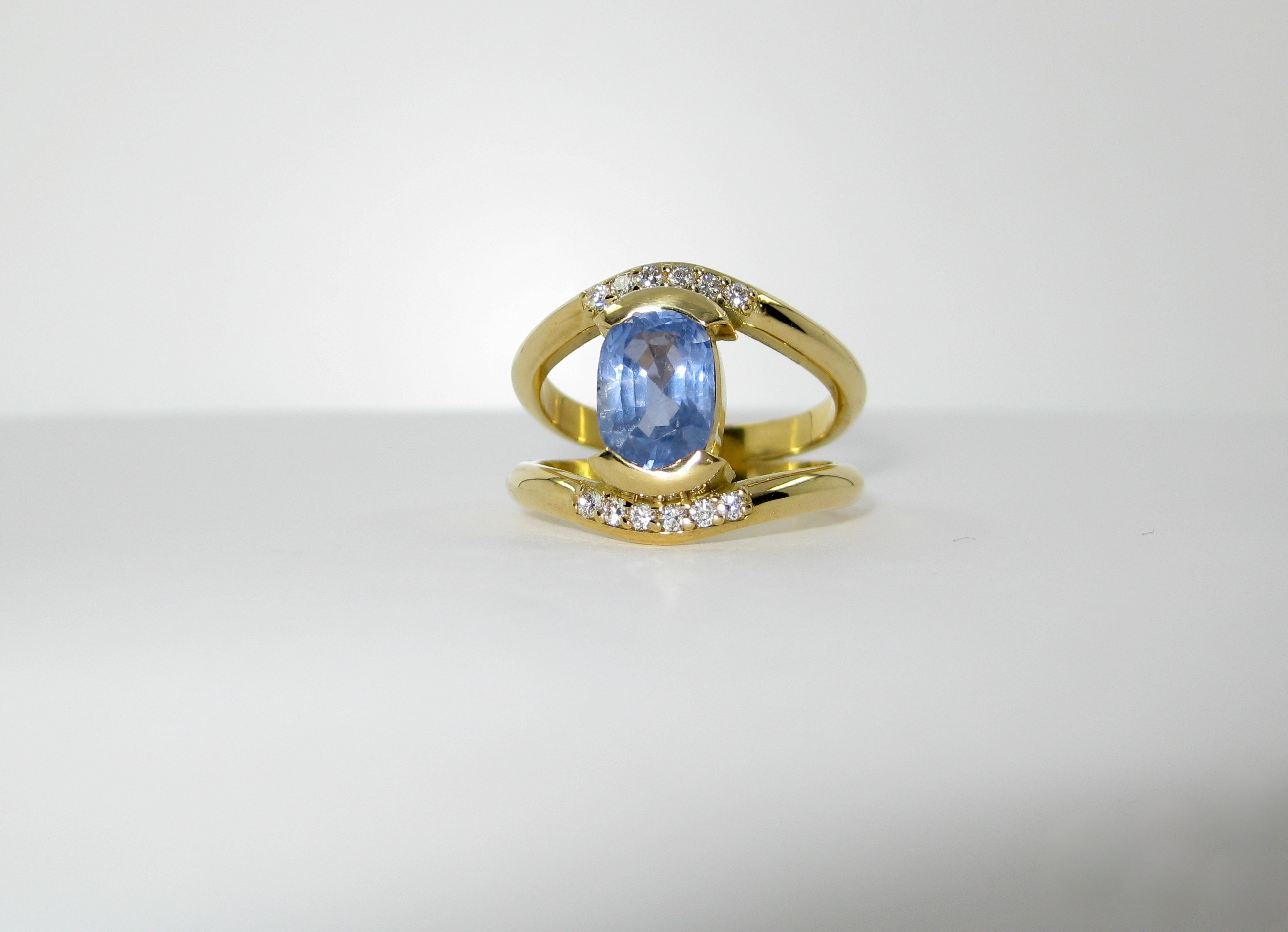 18ct yellow gold handmade Ceylon sapphire diamond ring Ipswich Suffolk