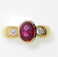 18ct gold pink tourmaline and diamond ring