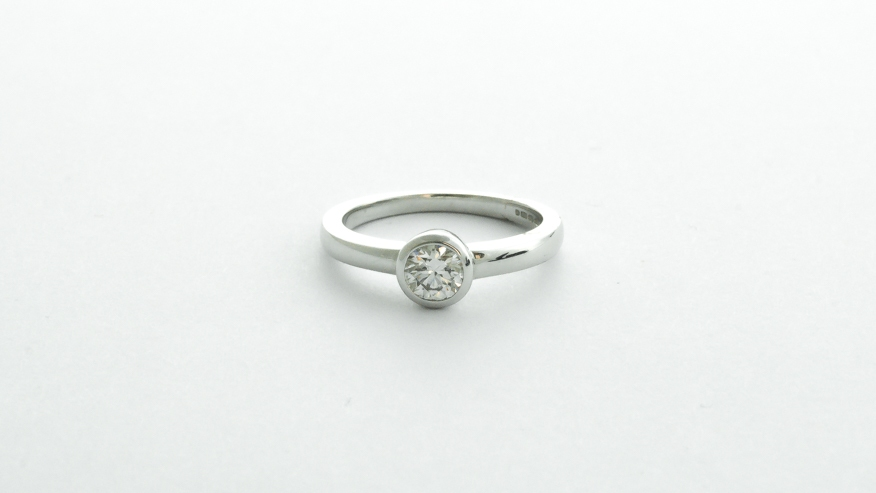 18ct white gold .50ct diamond rub over set engagement ring in Ipswich, Suffolk