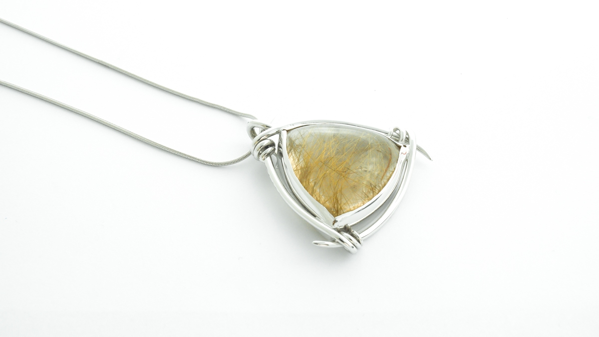 9ct white gold rutilated quartz pendant in Ipswich, Suffolk